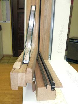Sostituzione infissi in legno a pinerolo 3b falegnameria - Paraspifferi per finestre ...